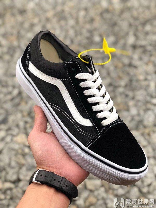 莆田鞋与正品鞋区别在4个方面就能很容易辨别