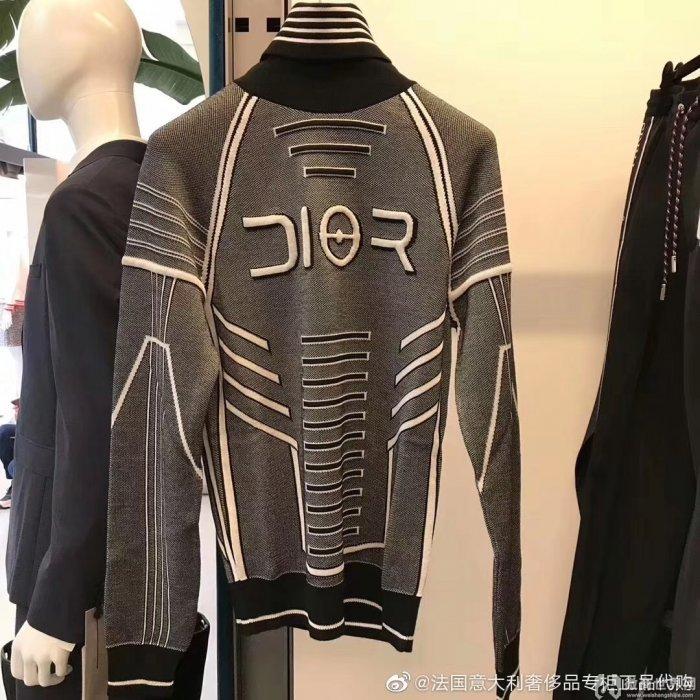广州蓝卡服饰招商 供应复刻潮牌一比一大牌男装
