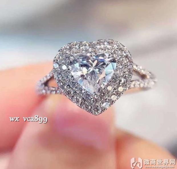 钻石和莫桑石哪个更好 为什么莫桑石比钻石更好
